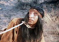 Zwischen Indianern (Joaquin Martinez) und Ranchern eskaliert der Konflikt um Farmland. – Bild: Paramount Pictures Lizenzbild frei