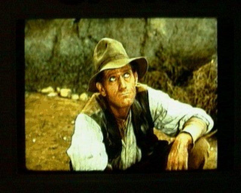 Während einer Dürreperiode taucht in Virginia City ein Mann auf. Tusla Weems (John Anderson) behauptet, ein Regenmacher zu sein. Er verspricht den Farmern Regen gegen ein entsprechendes Entgelt, doch Ben Cartwright will sich daran nicht beteiligen ... – Bild: Sat.1 Gold
