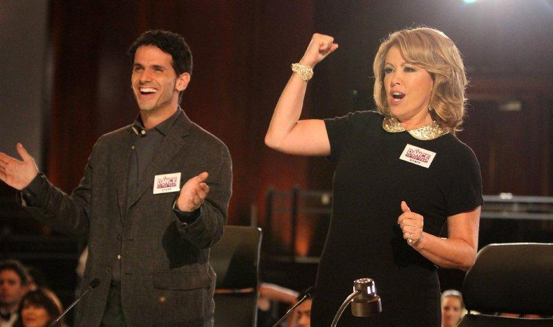 """Die """"SO YOU THINK YOU CAN DANCE""""-Juroren Mary Murphy und Tyce Diorio (L) spielen sich selbst. – Bild: RTL"""
