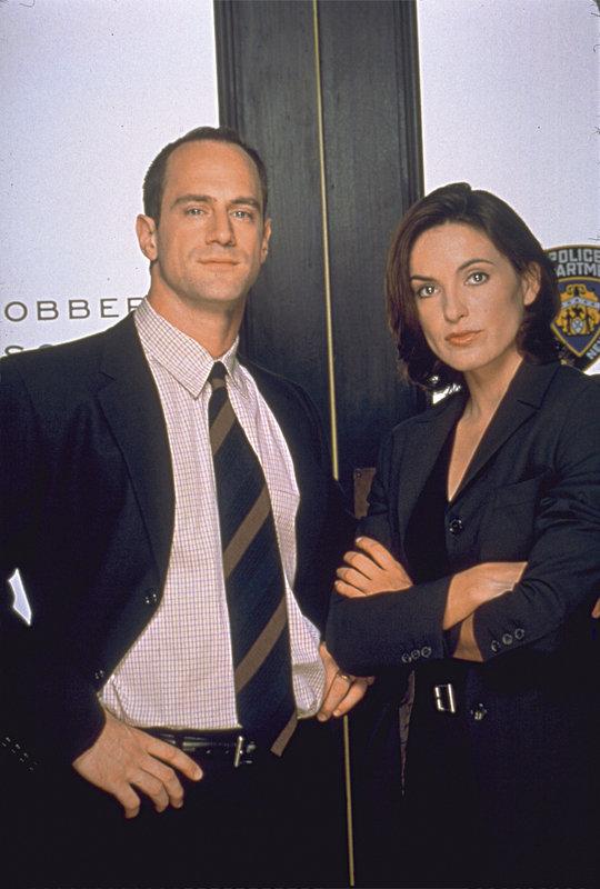 Detective Elliot Stabler (Christopher Meloni) und Detective Olivia Benson(Mariska Hargitay) – Bild: UNIVERSAL CHANNEL