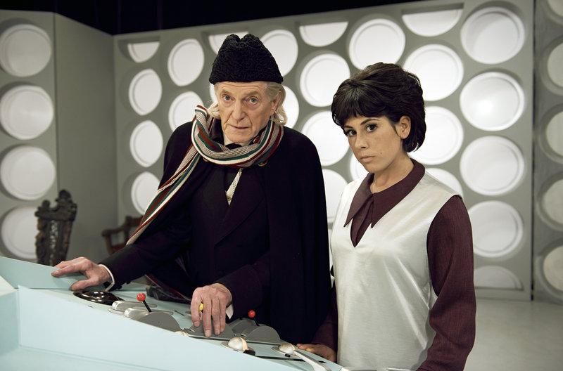 Der Doctor William Hartnell (David Bradlex) und Susan Foreman (Claudia Grant) – Bild: WDR/BBC/BBC WORLDWIDE