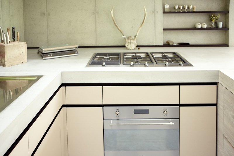 traumh user wiederbesucht s01e04 ein haus auf pf hlen. Black Bedroom Furniture Sets. Home Design Ideas