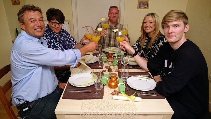 Das Perfekte Dinner 2502 Tag 3 Oliver Hamburg Fernsehserien De