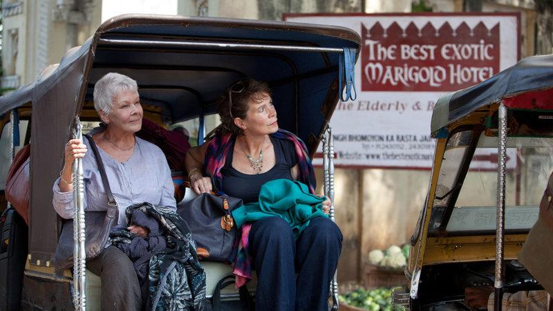 on the left Evelyn Greenslade ( Judi Dench), on the right Madge Hardcastle (Celia Imrie) – Bild: Sat.1 Emotions
