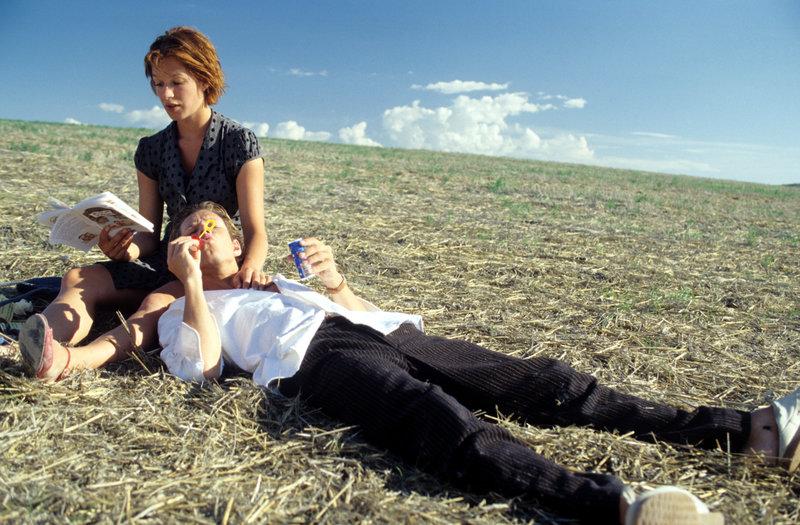 Linda (Franka Potente) und Klaus (Steffen Wink). – Bild: Constantin Film Verleih Gmbh
