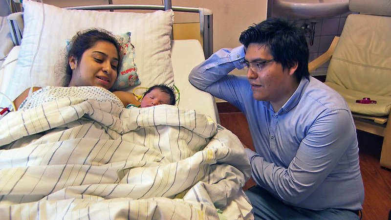 Gabriela und Gerson mit der kleinen Ciara Sophie – Bild: RTL II