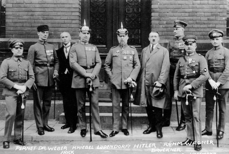 Defendants in the Beer Hall Putsch Trial. Image shot 1923. Exact date unknown. – Bild: World History Archive / Alamy
