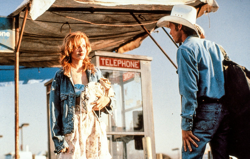 Geena Davis (Thelma), Brad Pitt (J.D.). – Bild: ORF