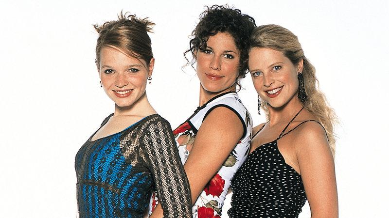 v.l.n.r.: Karoline Herfurth ('Lena'), Jasmin Gerat ('Lucy') und Diana Amft ('Inken') – Bild: RTL II