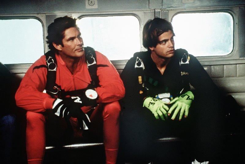 Mitch Buchannon (David Hasselhoff, l.), Matt Brody (David Charvet) – Bild: Nitro.