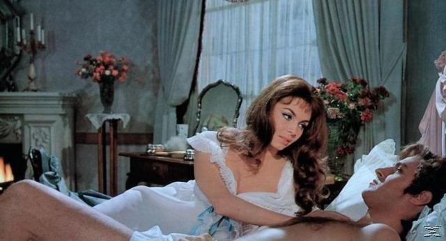 Lady Emma Lyon-Hamilton (Michèle Mercier, l) – Bild: Star TV