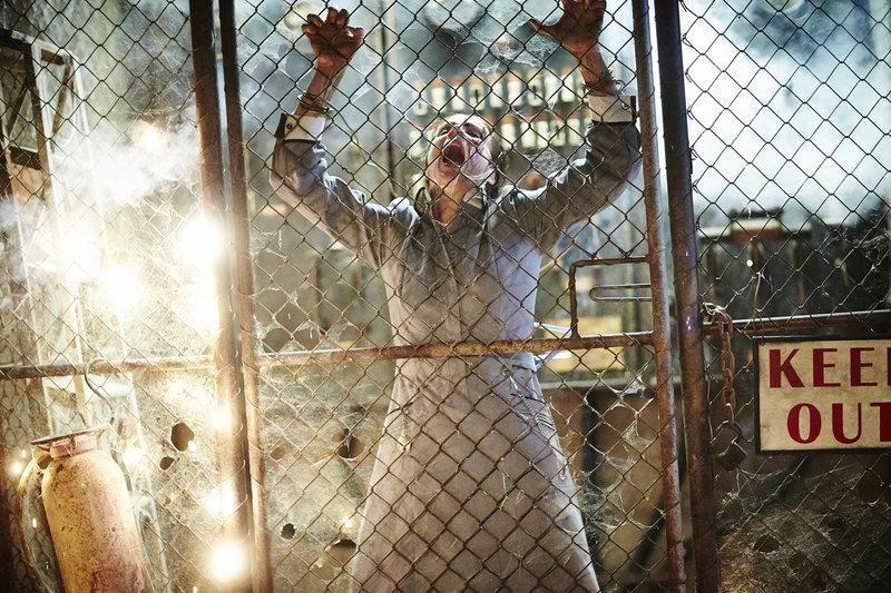 Oberschwester Cassidy (Rachel Griffiths). – Bild: Splendid