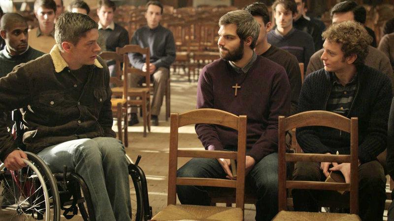 Jose (Samuel Jouy), Guillaume (ClÈment Manuel) und Yann (Julien Bouanich) (v.l.) – Bild: Bibel TV