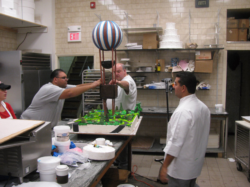 Make a Wish Balloon Cake in Bakery. – Bild: Copyright: Discovery Communications, Inc. For Show Promotion Only