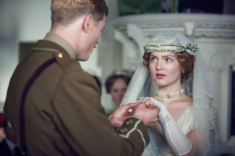 Clifford Chatterley (James Norton), Constance Chatterley (Holliday Grainger) – Bild: RTL Passion / © Hartswood