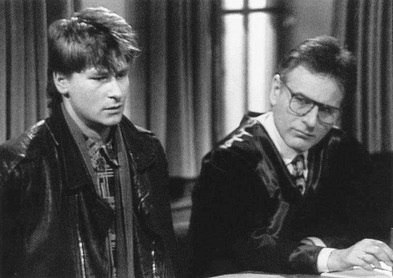 Von links: Benno Nußbaum (Matthias Kostya) und Winfried Berchtesgaden (Gerd Roman Frosch). – Bild: Bayerisches Fernsehen
