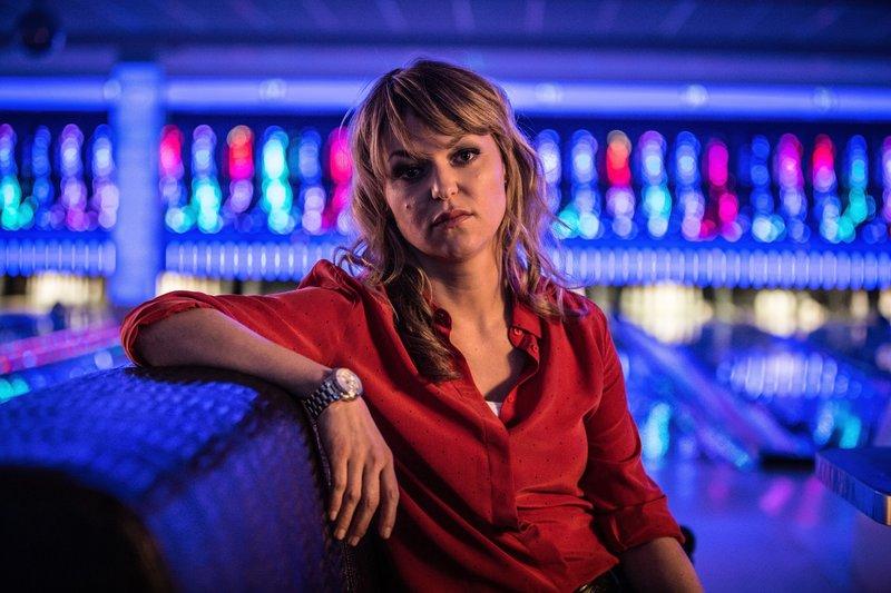 Ein Sexualstraftäter ist geflüchtet. Kommissarin Heller (Lisa Wagner) ermittelt. – Bild: ZDF und Hannes Hubach.