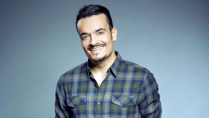 Giovanni Zarella moderiert die Show – Bild: RTL II