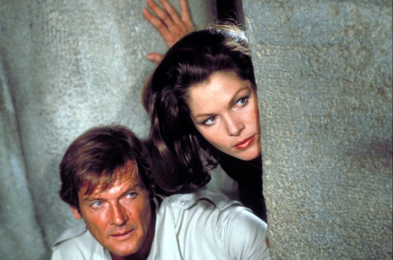 James Bond 007 - Moonraker Roger Moore Lois Chiles HP – Bild: ATV