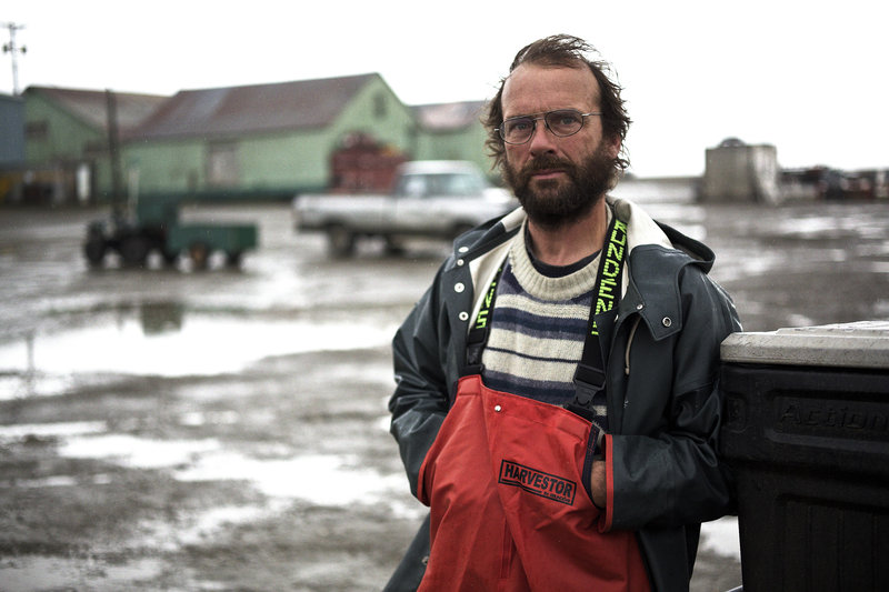 Steve Riedel leaning outside. – Bild: - Discovery Networks Picture Publicity. This picture may be used solely for Discovery Networks programme publicity purposes. May be reproduced in editorial press & listings in connection with the curr