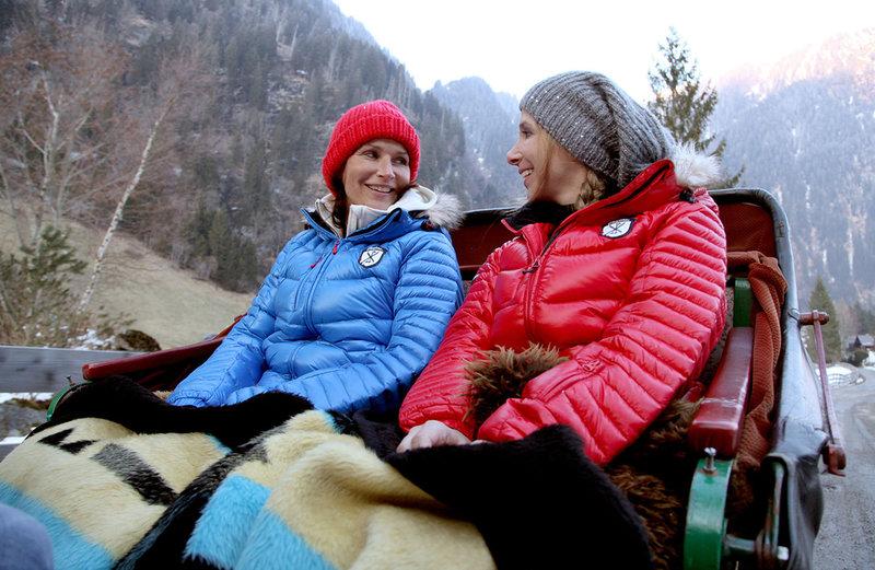 Maya Hakvoort , Nina Saurugg – Bild: ORF III