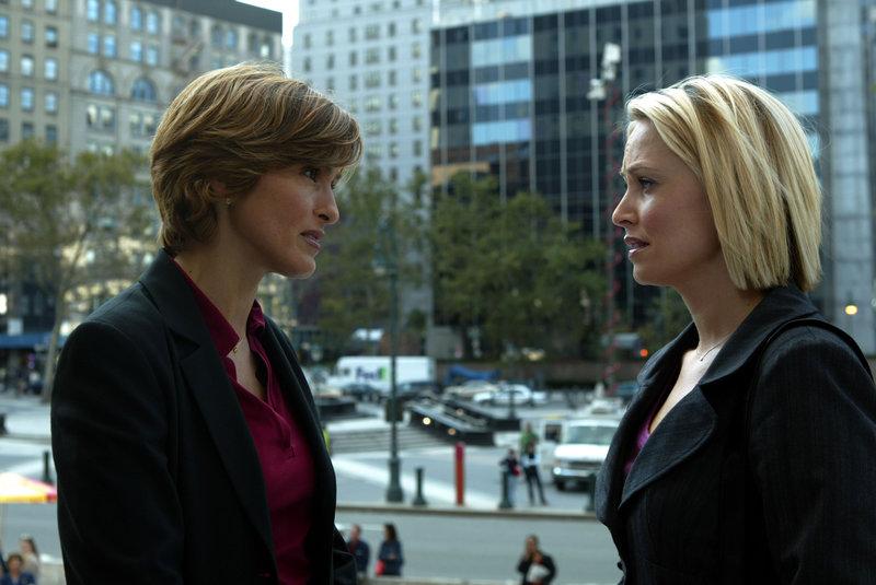 Entscheidung einer Mutter (Staffel 5, Folge 7) – Bild: Universal Channel
