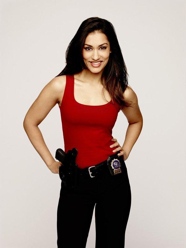 Detective Laura Diamond