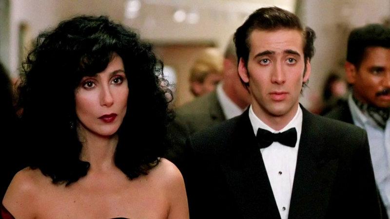 Loretta Castorini (Cher), Ronny Cammareri (Nicolas Cage). – Bild: 2006 Twentieth Century Fox.- All Rights Reserved.
