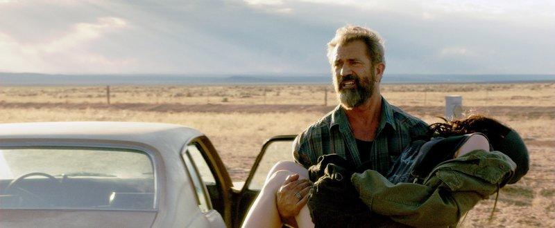 Link (Mel Gibson) lebt ein unauffälliges Leben als Exhäftling und trockener Alkoholiker. Dann meldet sich auf einmal seine verschollene Tochter Lydia (Erin Moriarty) zurück und steckt in so gewaltigen Problemen, dass nur Link ihr helfen kann... – Bild: MG RTL D