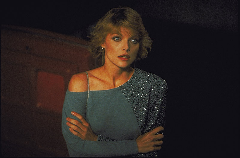Hübsch und in Gefahr: Diana (Michelle Pfeiffer) wird verfolgt und bringt dadurch den unschuldigen Ed in die Bredouille. – Bild: ZDF und NBC-Universal