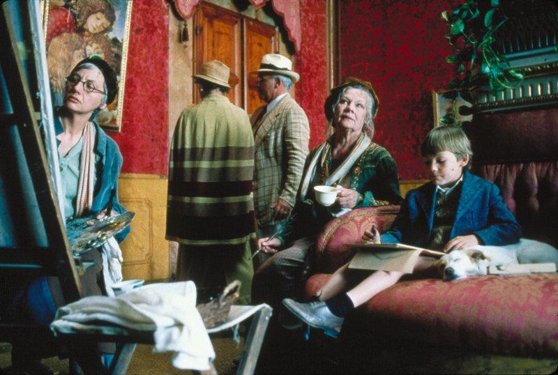 Herbatka z Mussolinim - film 1999 Te con il Duce Tea with Mussolini rez Franco Zeffirelli wyk Cher, Judi Dench, Joan Plowright – Bild: Credit: TVP,
