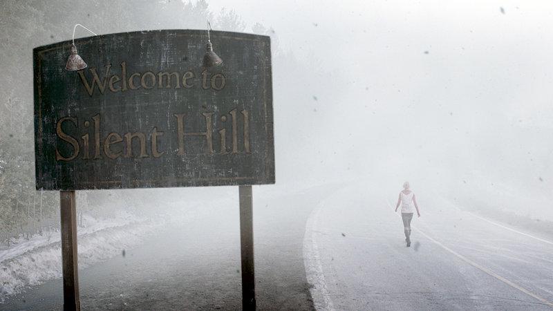 Heather (Adelaide Clemens) ist auf dem Weg nach Silent Hill.. – Bild: RTL II