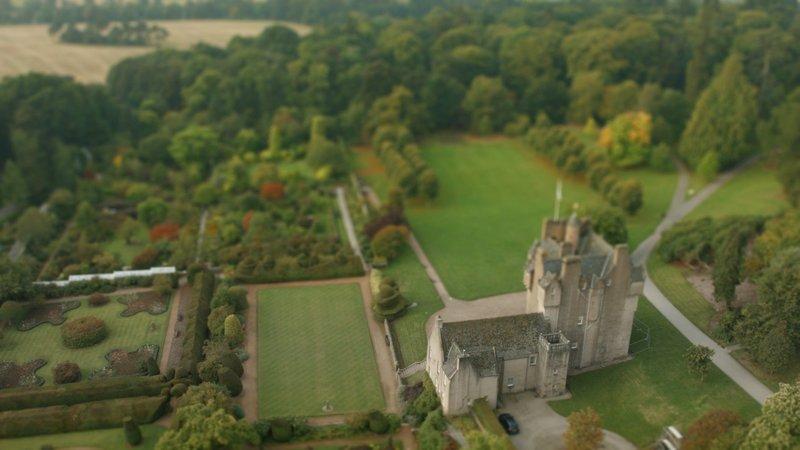 """Der """"Crathes Castle"""" Garten in Aberdeenshire. – Bild: RTL Living"""