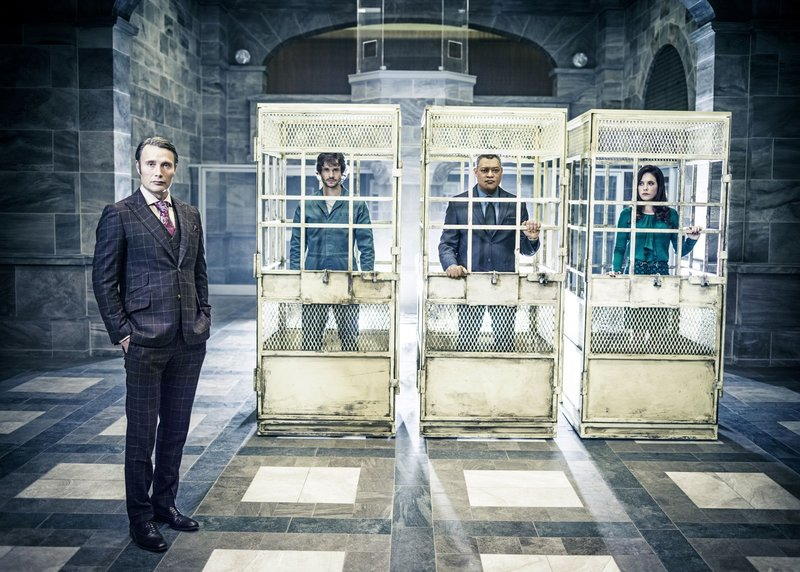 Cast: Mads Mikkelsen as Dr. Hannibal Lecter, Hugh Dancy as Will Graham, Laurence Fishburne as Jack Crawford, Caroline Dhavernas as Dr. Alana Bloom. – Bild: 2014 Sony Pictures Television Inc. All Rights Reserved. Michael Muller/NBC / Gallery /