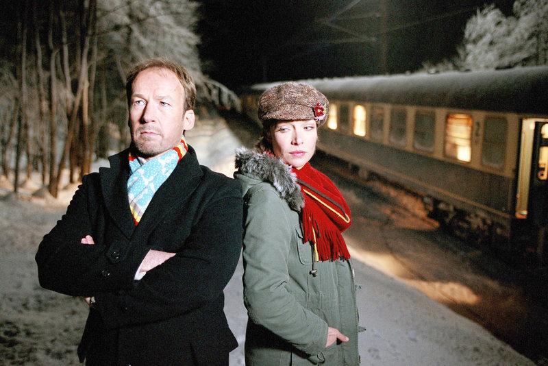 Eisige Zeiten zwischen Sina (Aglaia Szyszkowitz) und Carl (Ulrich Noethen). – Bild: ORF