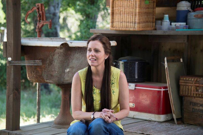 Carleen (Ione Skye) – Bild: Die Verwendung ist nur bei reda / HBO / © HBO