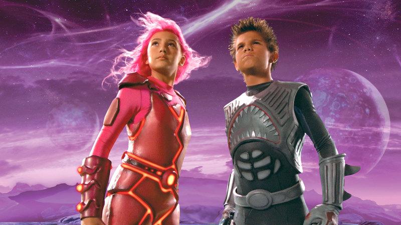Lava Girl (Taylor Dooley) und Shark Boy (Taylor Lautner) sind die Helden von Max – Bild: RTL Zwei