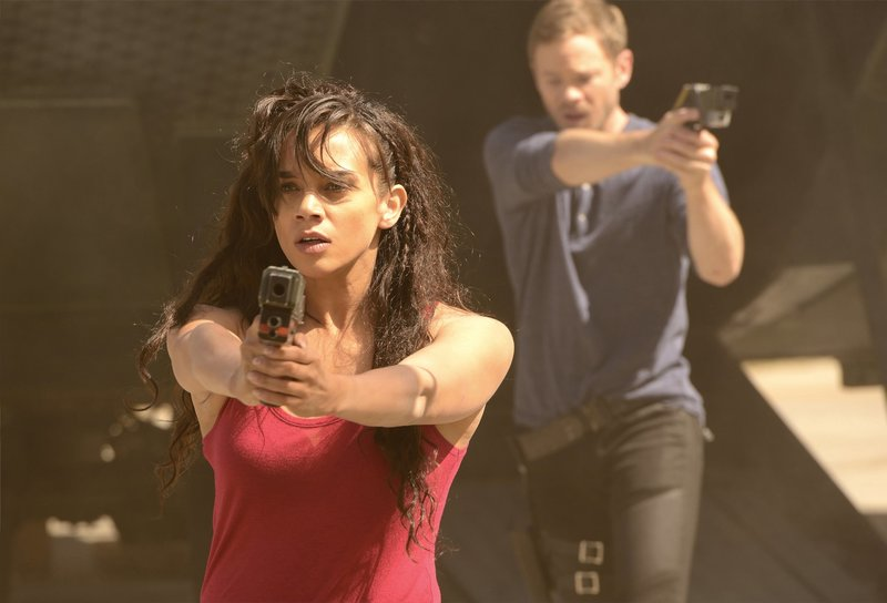 Pictured: Hannah John-Kamen as Dutch – Bild: Syfy