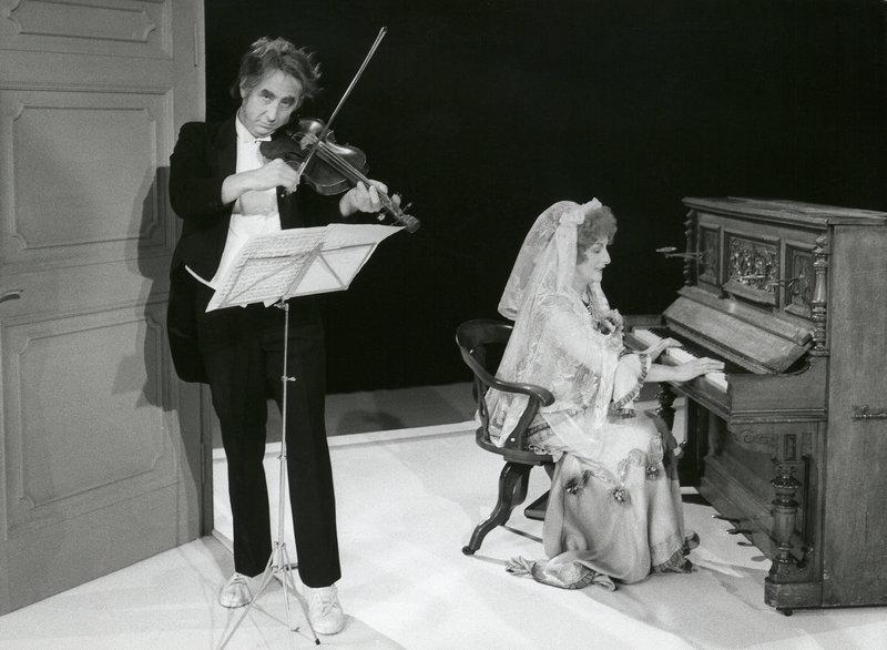 Umberto Troni und Ima Agustoni musizieren. – Bild: BR/Foto Sessner