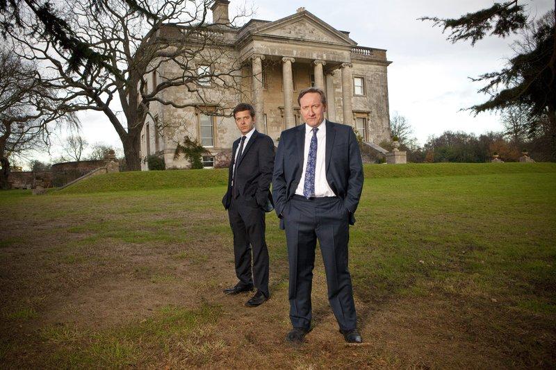 DS Ben Jones (Jason Hughes) und DCI John Barnaby (Neil Dudgeon) – Bild: ALL3MEDIA
