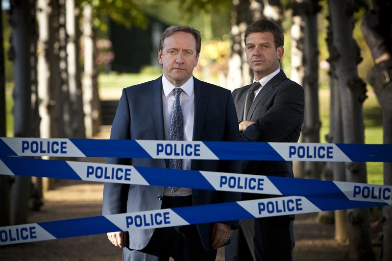 DCI John Barnaby (Neil Dudgeon), DS Ben Jones (Jason Hughes) – Bild: RTS 1