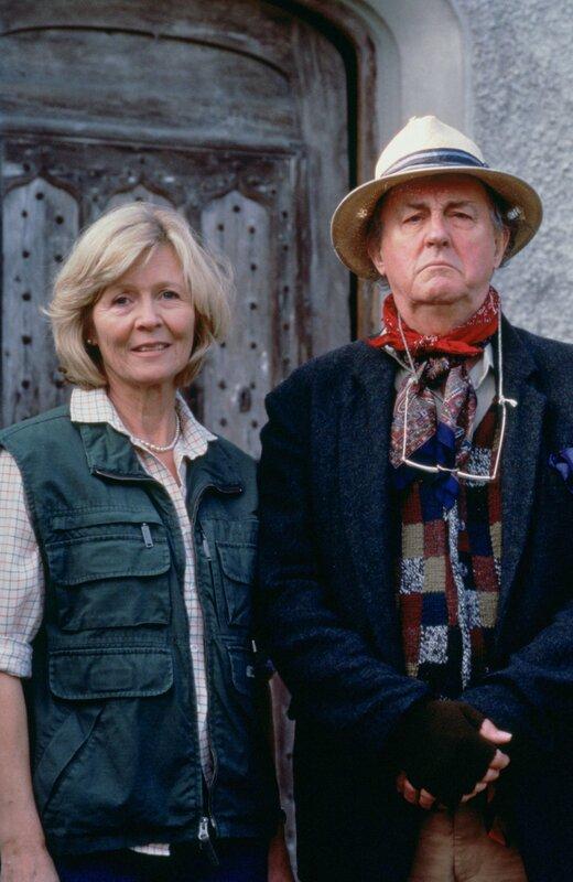 Lady Chetwood (Angela Thorne) und Lord Chetwood (Anton Rodgers) geraten ins Visier der Ermittlungen. – Bild: ZDF und AccuSoft Inc.