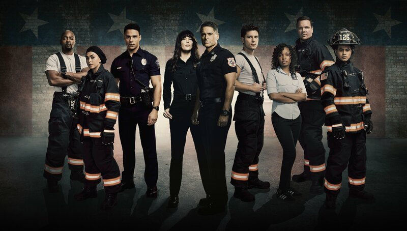 9-1-1: LONE STAR: L-R: Brian Michael Smith as Paul Strickland, Natacha Karam as Marjan Marwani, Rafael Silva as Carlos Reyes, Liv Tyler as Michelle Watts, Rob Lowe as Owen Strand, Ronen Rubenstein as T.K. Strand, Sierra McClain as Grace Ryder, Jim Paarack as Judd Ryder and Julian Works as Mateo Chavez in 9-1-1: LONE STAR, debuting in a special two-night series premiere Sunday, Jan. 19 (8:00-9:00 PM ET LIVE to all Time Zones), following the NFC CHAMPIONSHIP GAME; and Monday, Jan. 20 (9:00-10:00pm PM ET/PT) on FOX. ©2019 Fox Media LLC. CR: FOX. – Bild: 4+