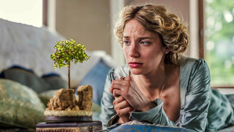 Das singende, klingende Bäumchen Jytte-Merle Böhrnsen als Prinzessin SRF/rbb/Theo Lustig – Bild: SRF2