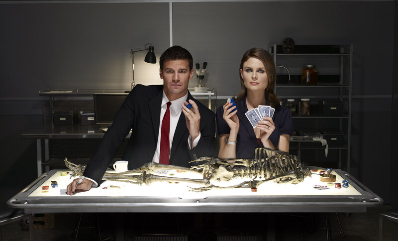 (3. Staffel) - Booth (David Boreanaz, l.); Dr. Brennan (Emily Deschanel, r.) – Bild: © 2007-2008 Fox and its related entities. All rights reserved.