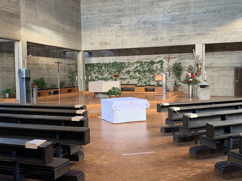 Innenansicht der Pfarrei St. Christoph in Ingolstadt. – Bild: Andrea Kammhuber / BR / BR/Andrea Kammhuber