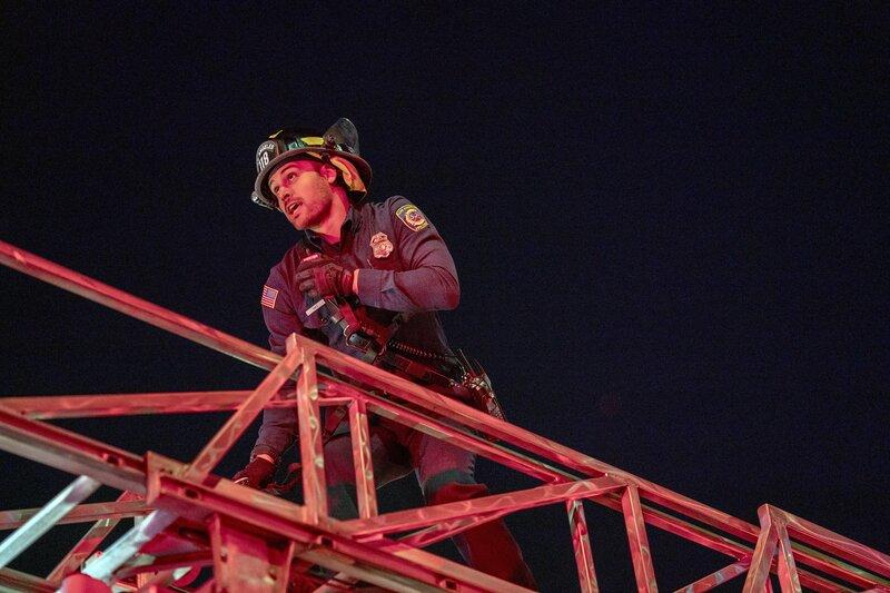 Eddie Diaz (Ryan Guzman) – Bild: ProSieben