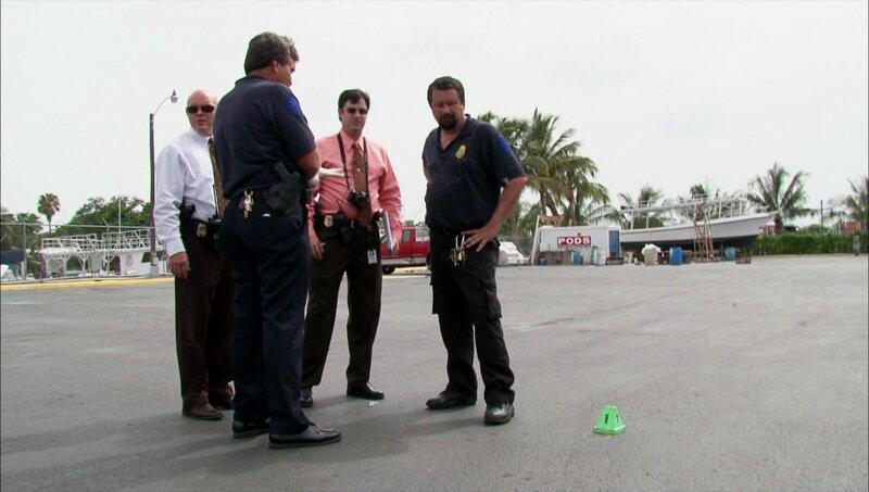 T.C. Cepero (l.), Frank Sanchez (2.v.r.), Hector Infante (r.) – Bild: MG RTL D