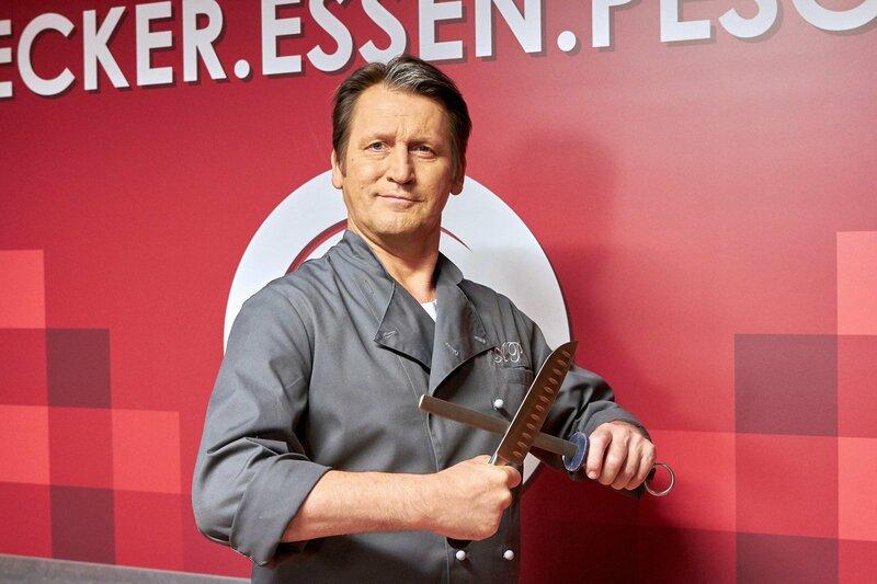 Starkoch Anno Pesch (Ingo Naujoks). – Bild: BR/MDR/Saxonia Media/Sebastian Kiss