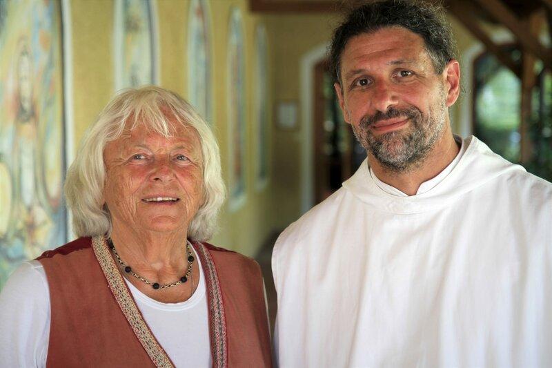 Elisabeth Lammers und Thomas Hessler - Mönch, Europakloster Gut Aich. – Bild: ORF/Cinevision